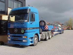 Mercedes-Benz 2657